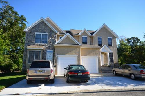 townhomes-of-linwood-court 7974306339 o